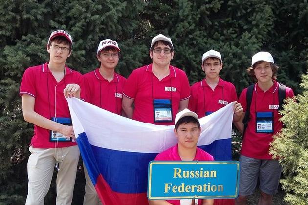 Сборная России завоевала 3 золотых медали на международной олимпиаде по информатике
