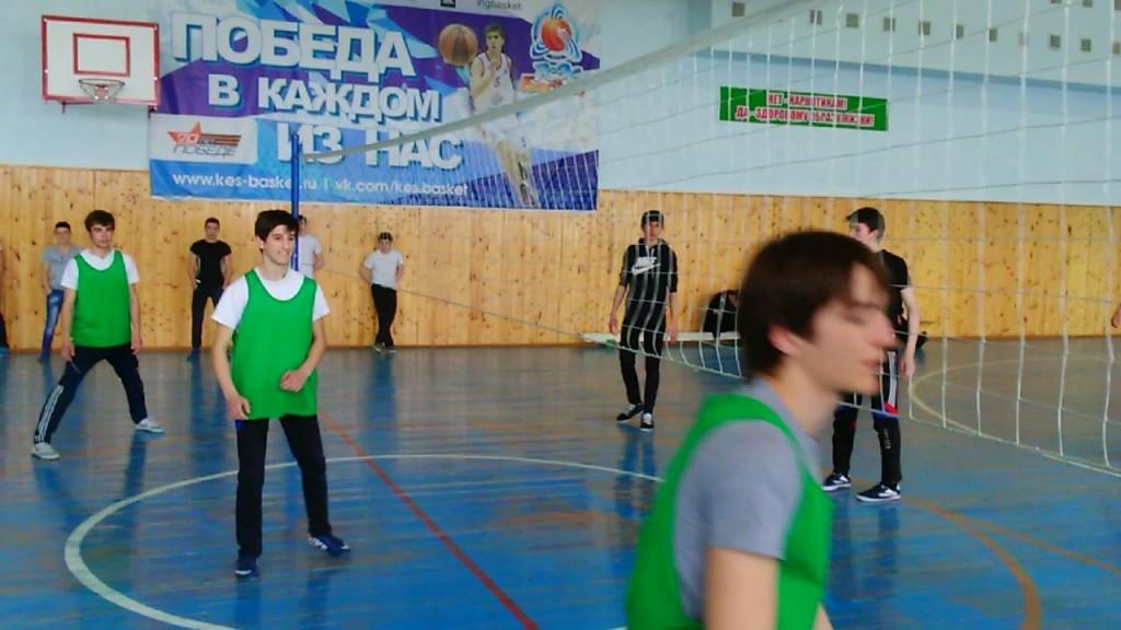 В «СОШ-ДС №1 с.п.Кантышево» состоялись соревнования по волейболу среди школьных команд Назрановского района.